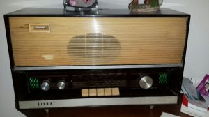 ikinci-el-radyo-alanlar